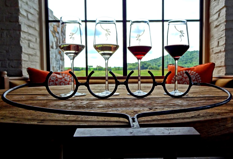 Early_Mountain_Vineyards_Wine_Flights
